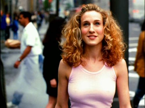 sex-and-the-city-opening-credits-carrie-bradshaw-14407403-1064-800